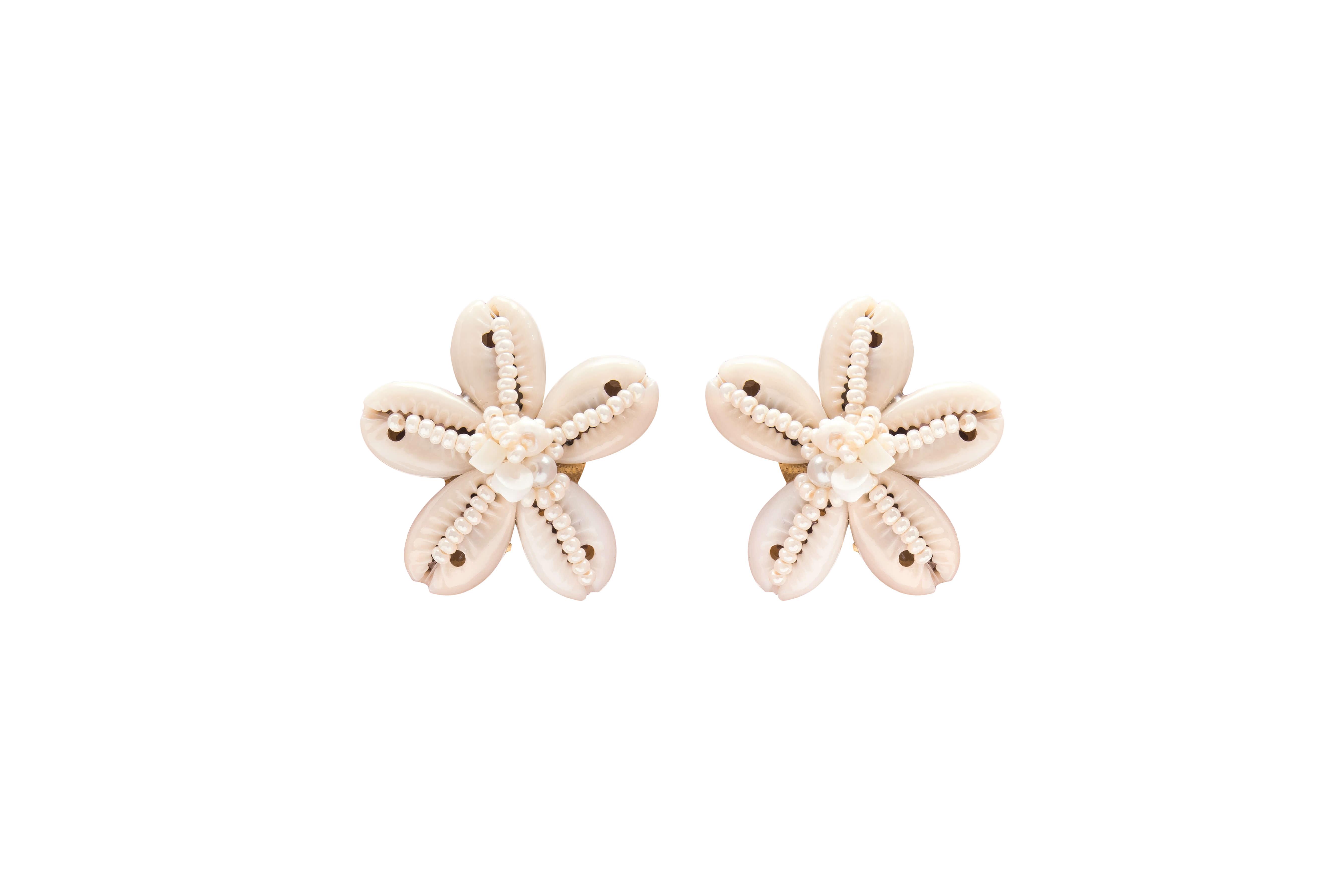 Natural Seashell Flower Earring