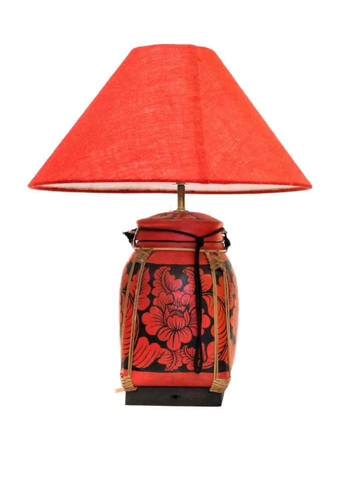 Lámpara de mesa Tailandesa roja