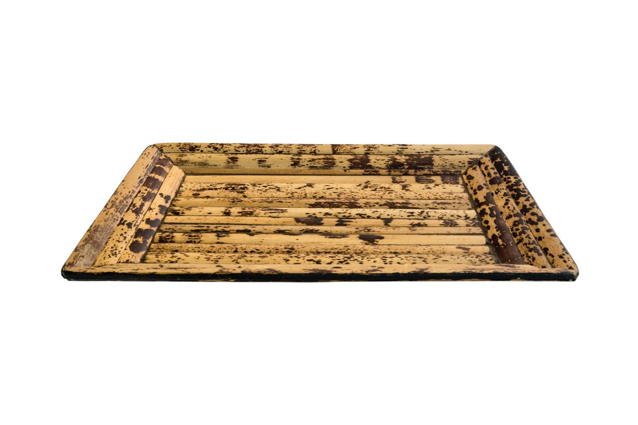 Bandeja en madera cuadrada
