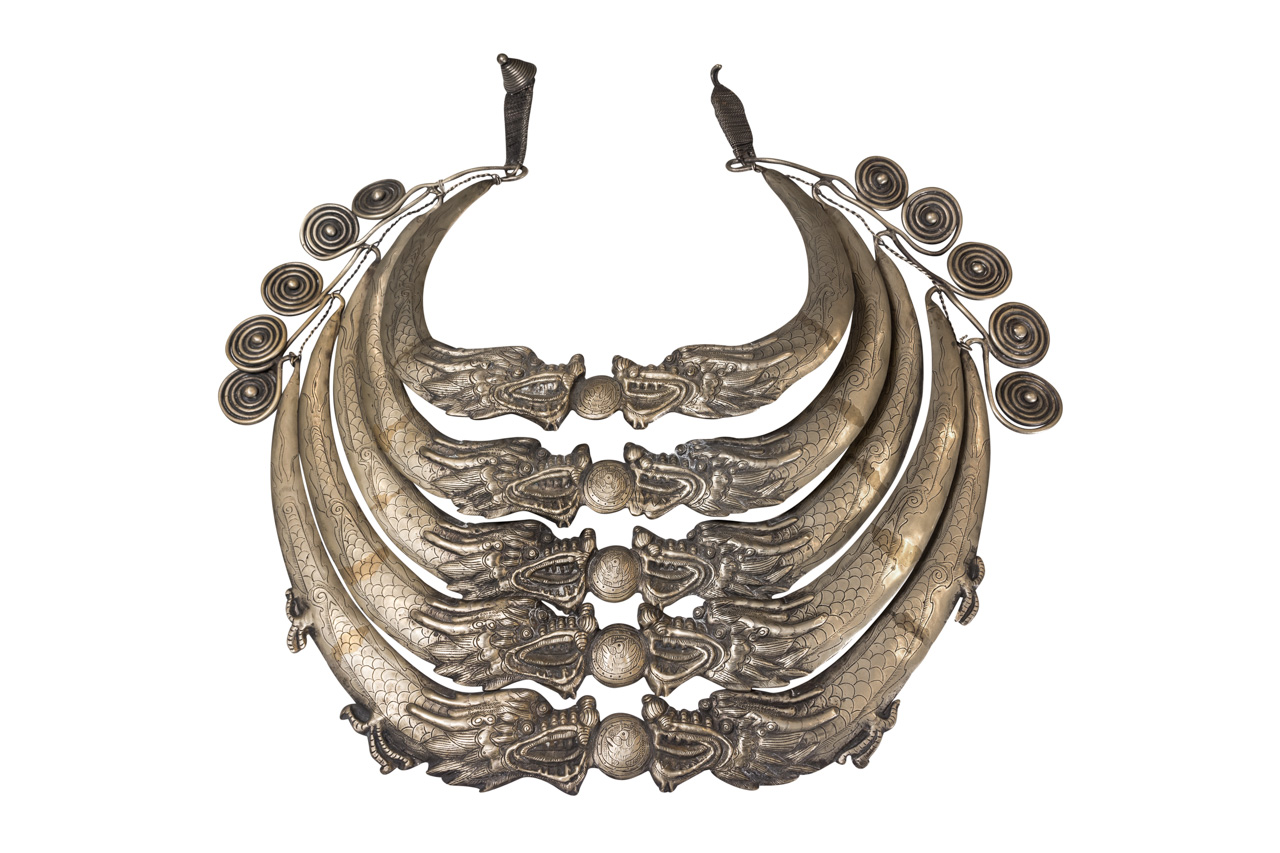 Collar ceremonial Miao Laos