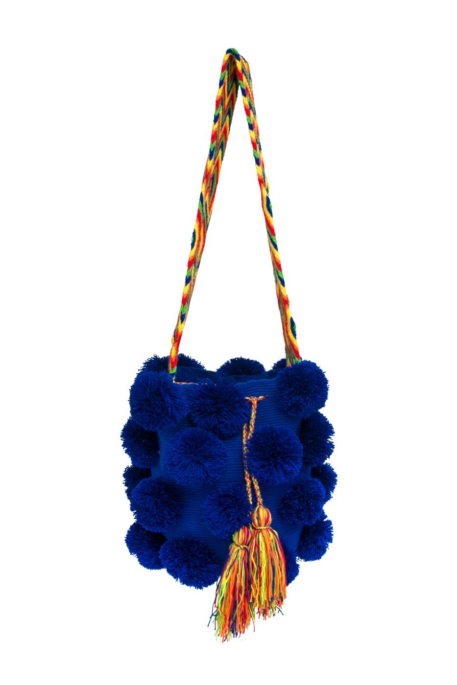 Mochila Wayúu Pompones Desflecados Azul Oscuro