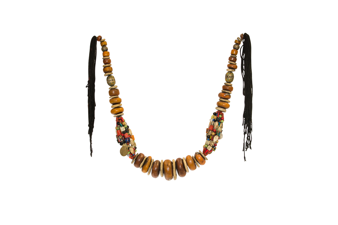 Amber seed decorative necklace