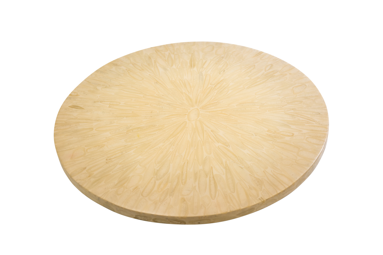 Cheese board in horn