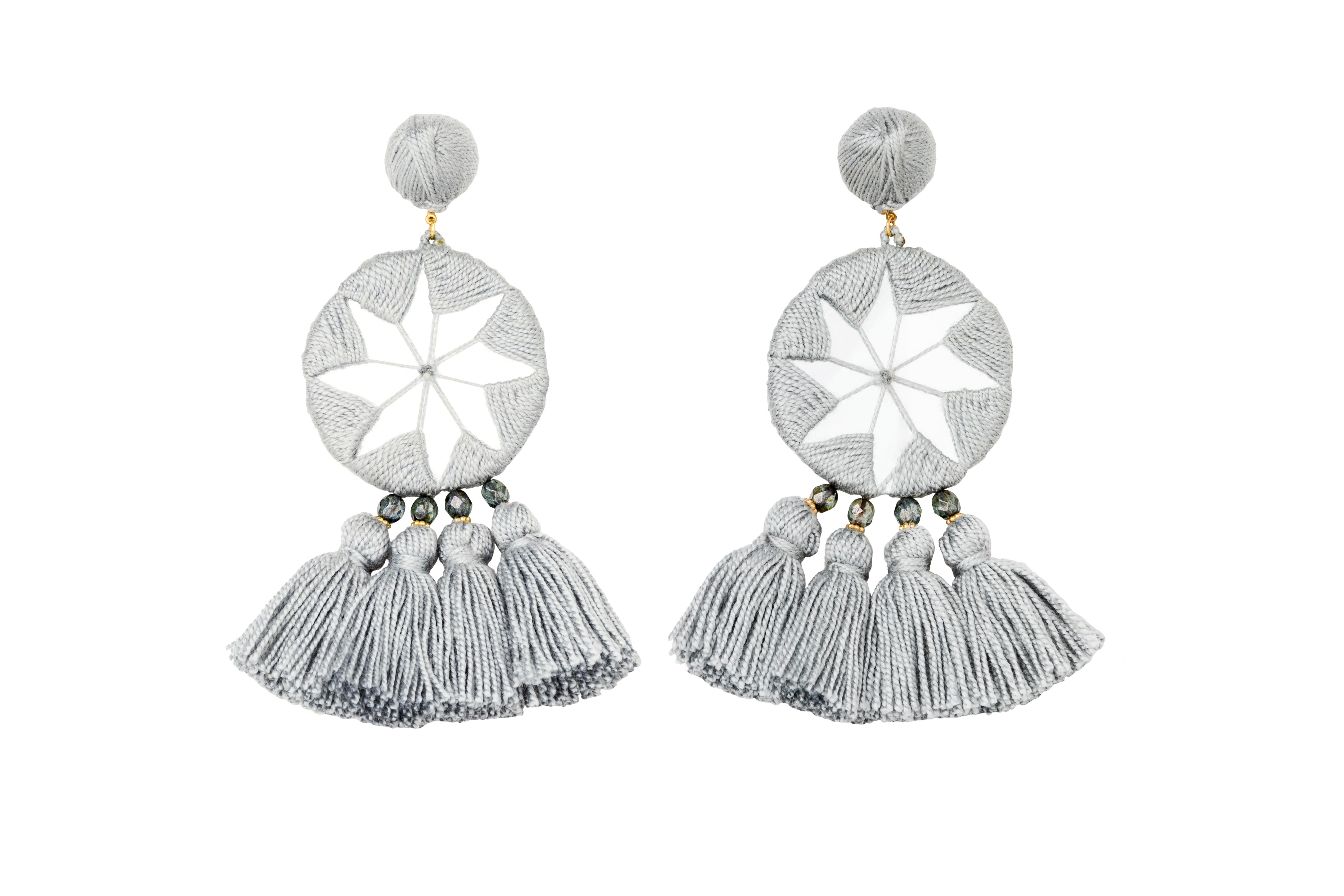 Indian Star's Earrings Ligth Grey