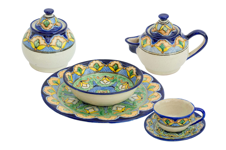 Uriarte Talavera Kaleidoscope Tableware Set