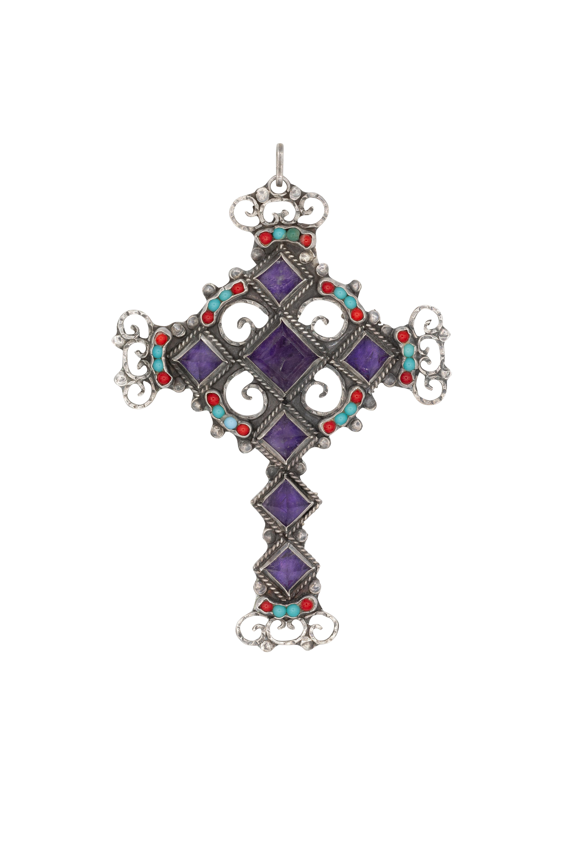 Triangular cross pendant in silver