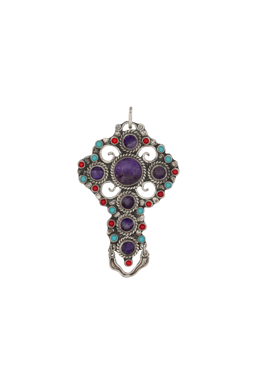 Circular cross pendant in silver