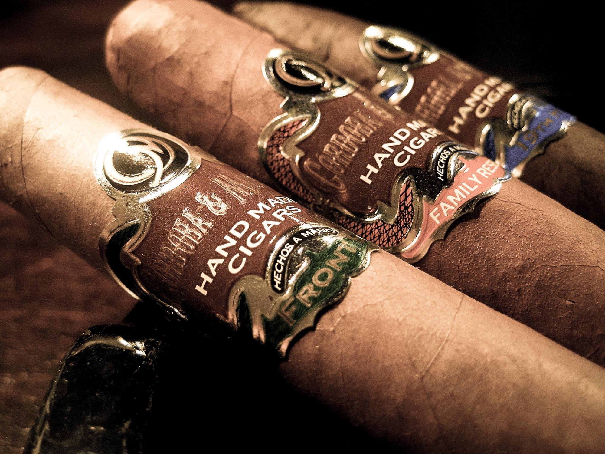 Cordoba & Morales handmade boutique cigars