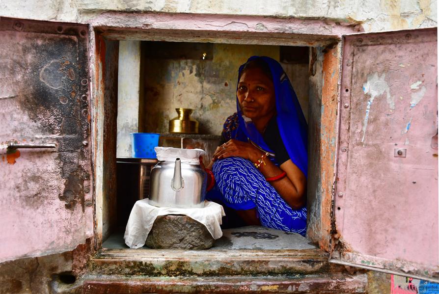 צ'אי מאסאלה - הודו – ג'איפור - העיר הוורודה - יואל שתרוג - אדמה יוצרת