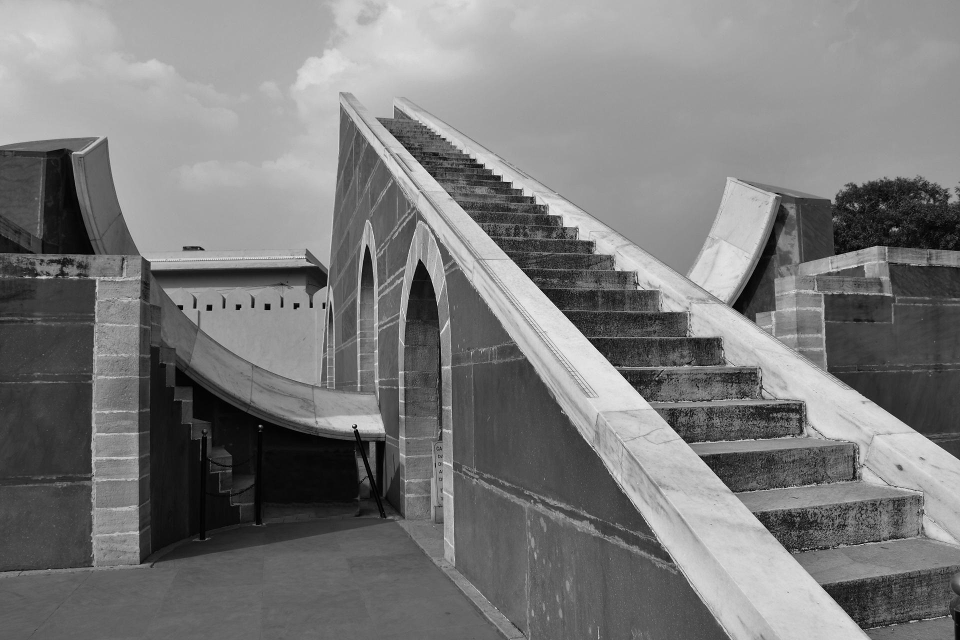 הודו – ג'איפור - סולם יעקב - גאנטאר מנטאר * Jantar Mantar- יואל שתרוג - אדמה יוצרת - yoel sitruk