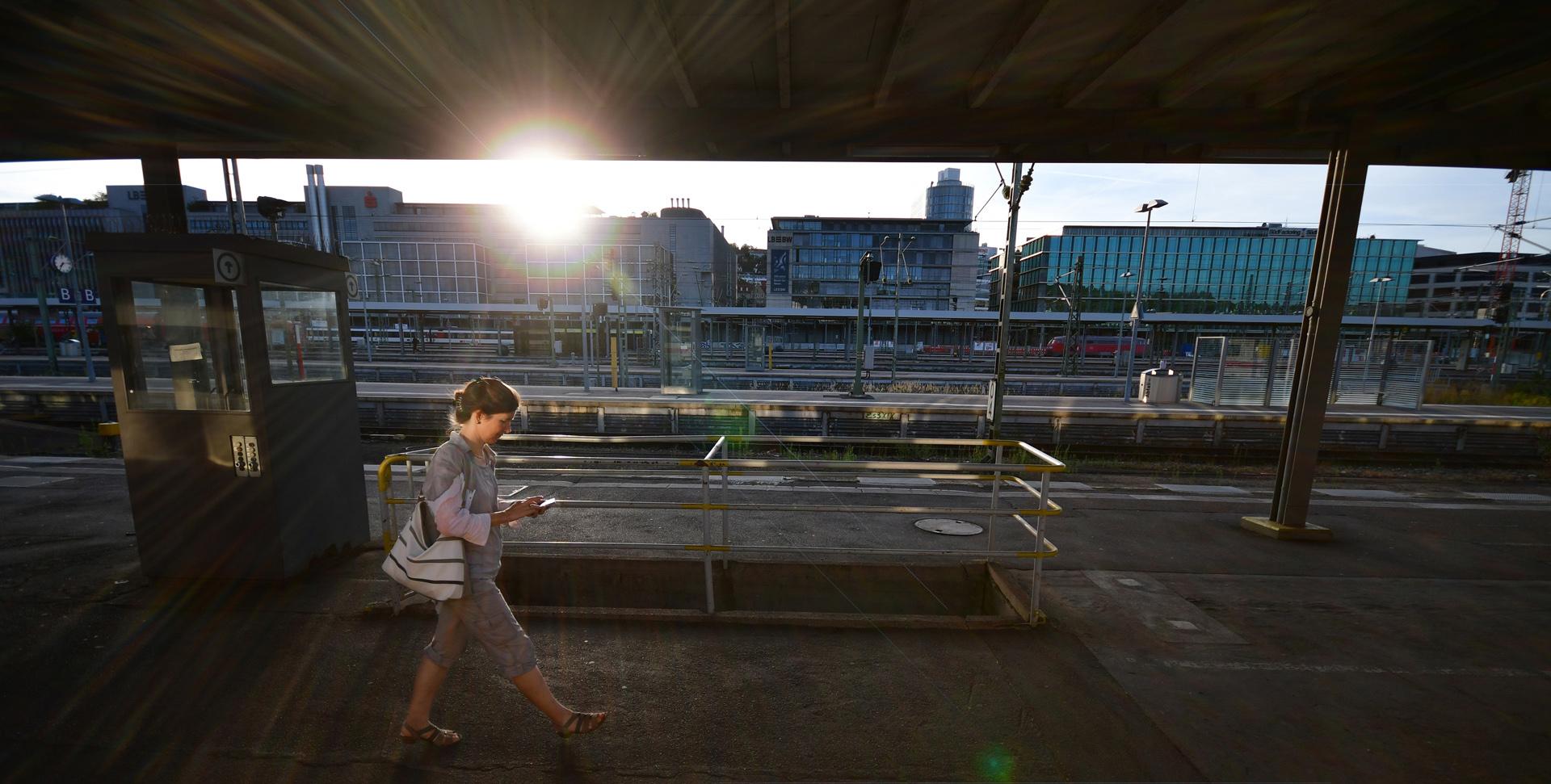 אוריינט אקספרס - תחנת רכבת - יואל שתרוג - אדמה יוצרת - yoel sitruk
