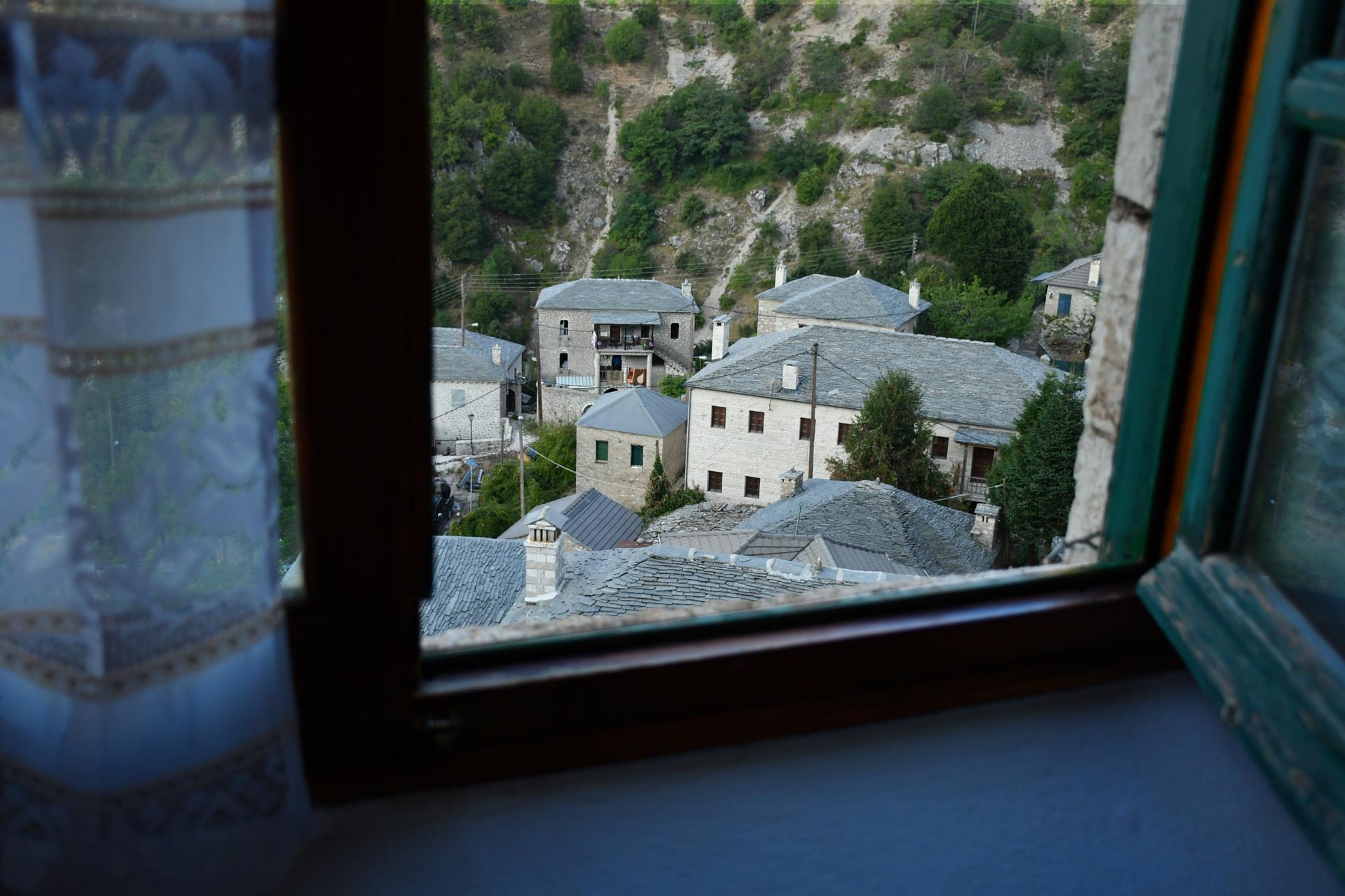 חלון לחלום - יוון- יואל שתרוג - אדמה יוצרת - yoel sitruk