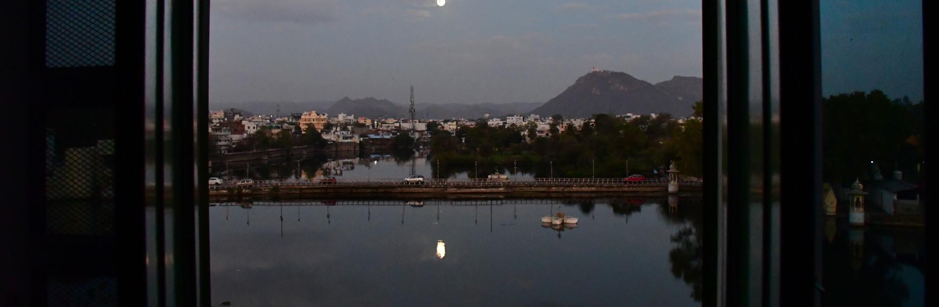 הודו - אודייפור - סגר שני - קורונה- יואל שתרוג - אדמה יוצרת - yoel sitruk