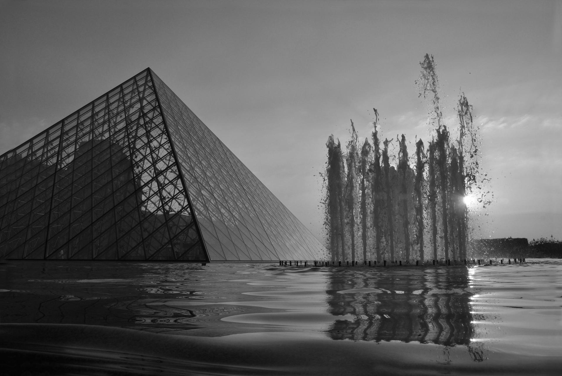 פריז - בין השמשות - paris - הפירמידה של הלובר- יואל שתרוג - אדמה יוצרת - yoel sitruk