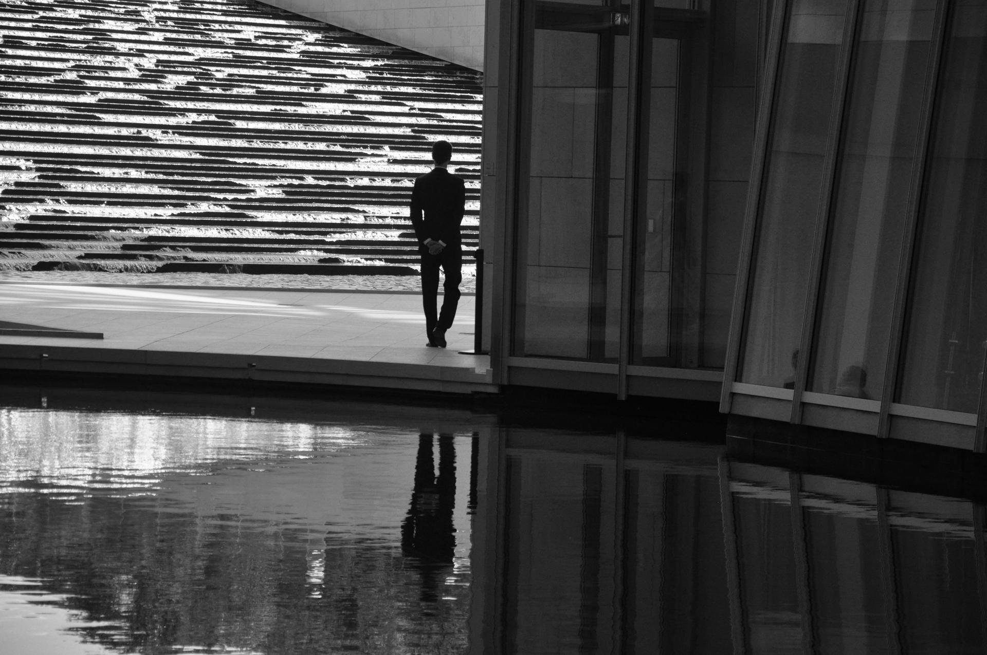 פריז - paris - התבוננות - מוזיאון לואי ויטון - יואל שתרוג - אדמה יוצרת - yoel sitruk