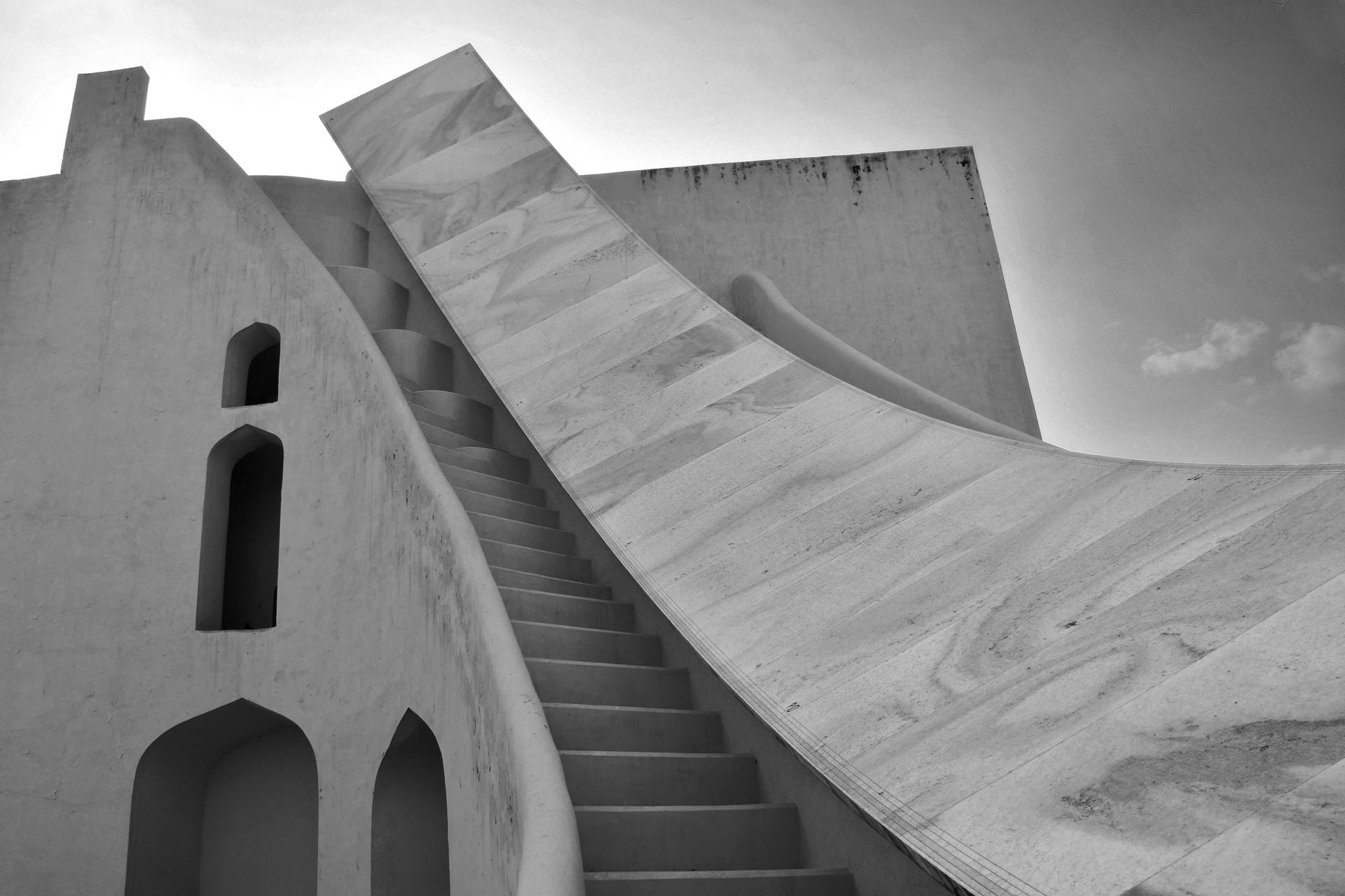 יואל שתרוג - אדמה יוצרת - yoel sitruk -ג'אנטאר מאנטאר - מסע בזמן - מדרגות נאות- הודו