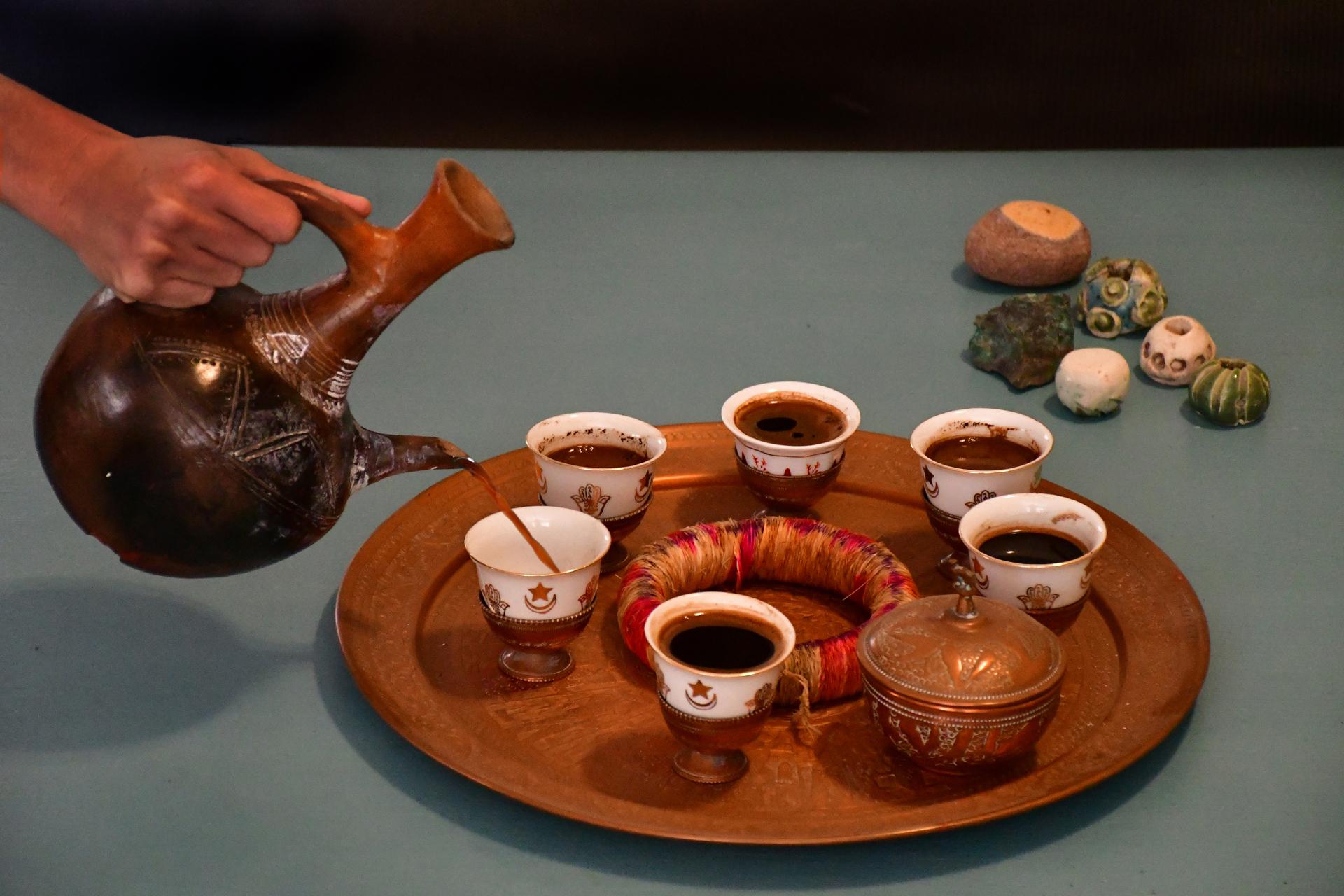 יואל שתרוג - אדמה יוצרת - yoel sitruk - קפה אתיופי - בונה- קפה זו השקפת עולם