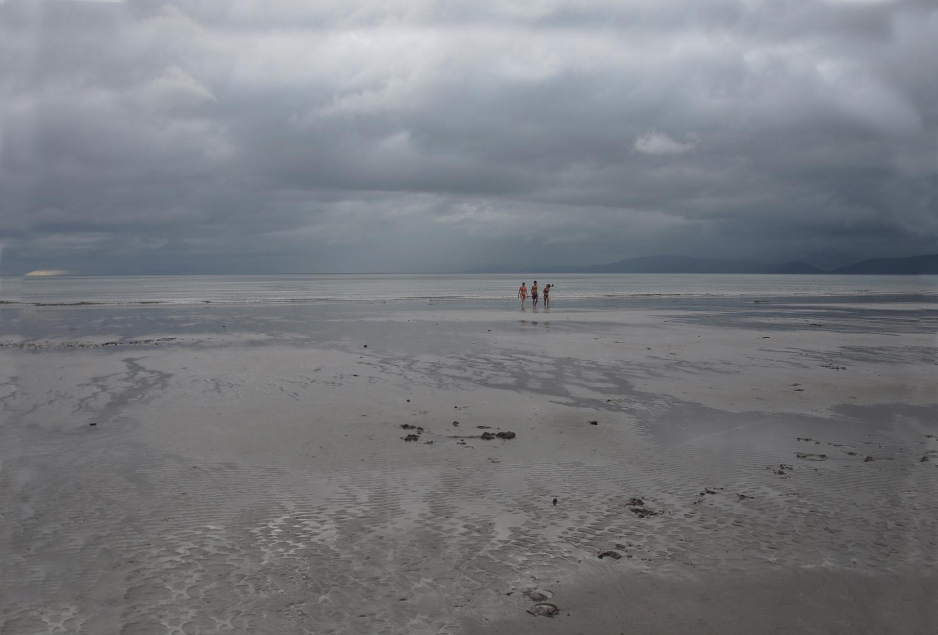 אפור - חוף - ים אירלנד - יואל שתרוג - אדמה יוצרת - yoel sitruk