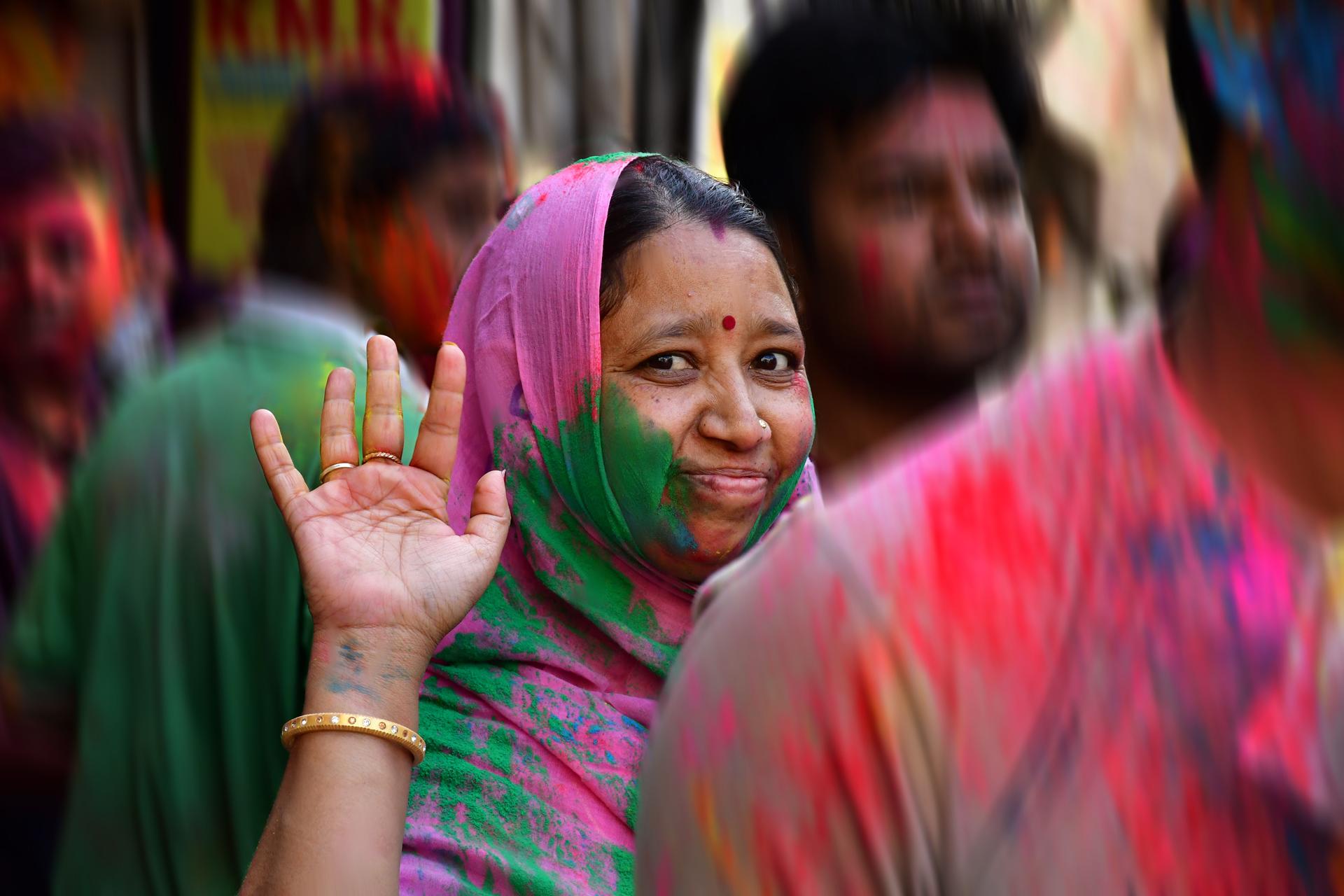 יד שלום - הודו - יואל שתרוג - אדמה יוצרת
