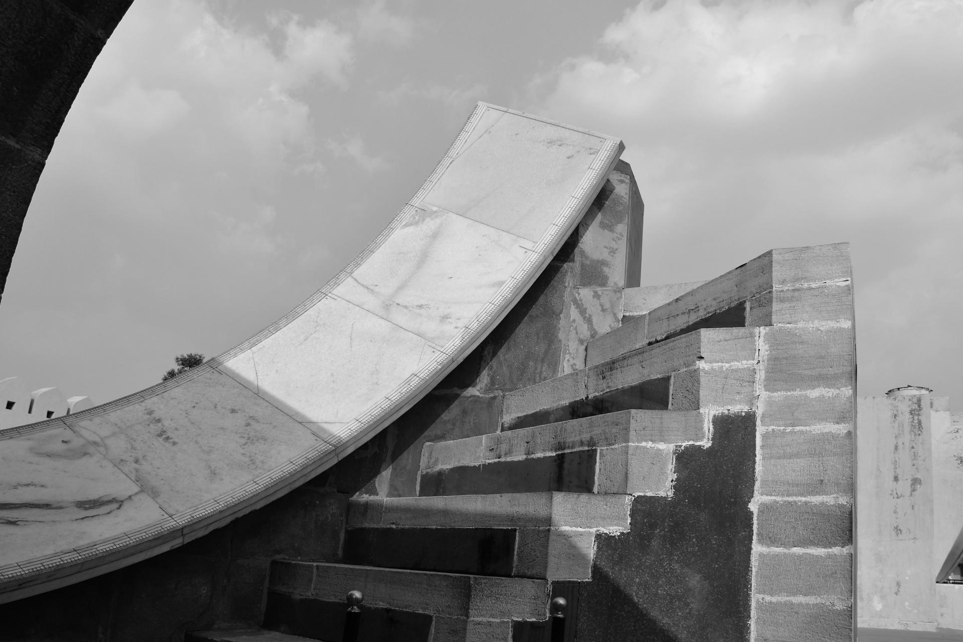 מזלות וכוכבים -Jantar Mantar- ג'אנטאר מאנטאר הודו - יואל שתרוג - אדמה יוצרת - yoel sitruk