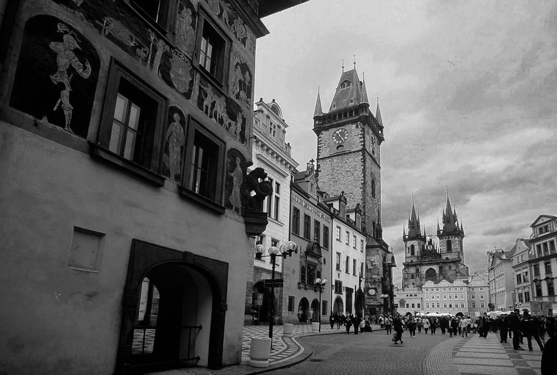 קפקא - Praha - יואל שתרוג -Prague- אדמה יוצרת - yoel sitruk - עיר שבוית החלום - פראג -