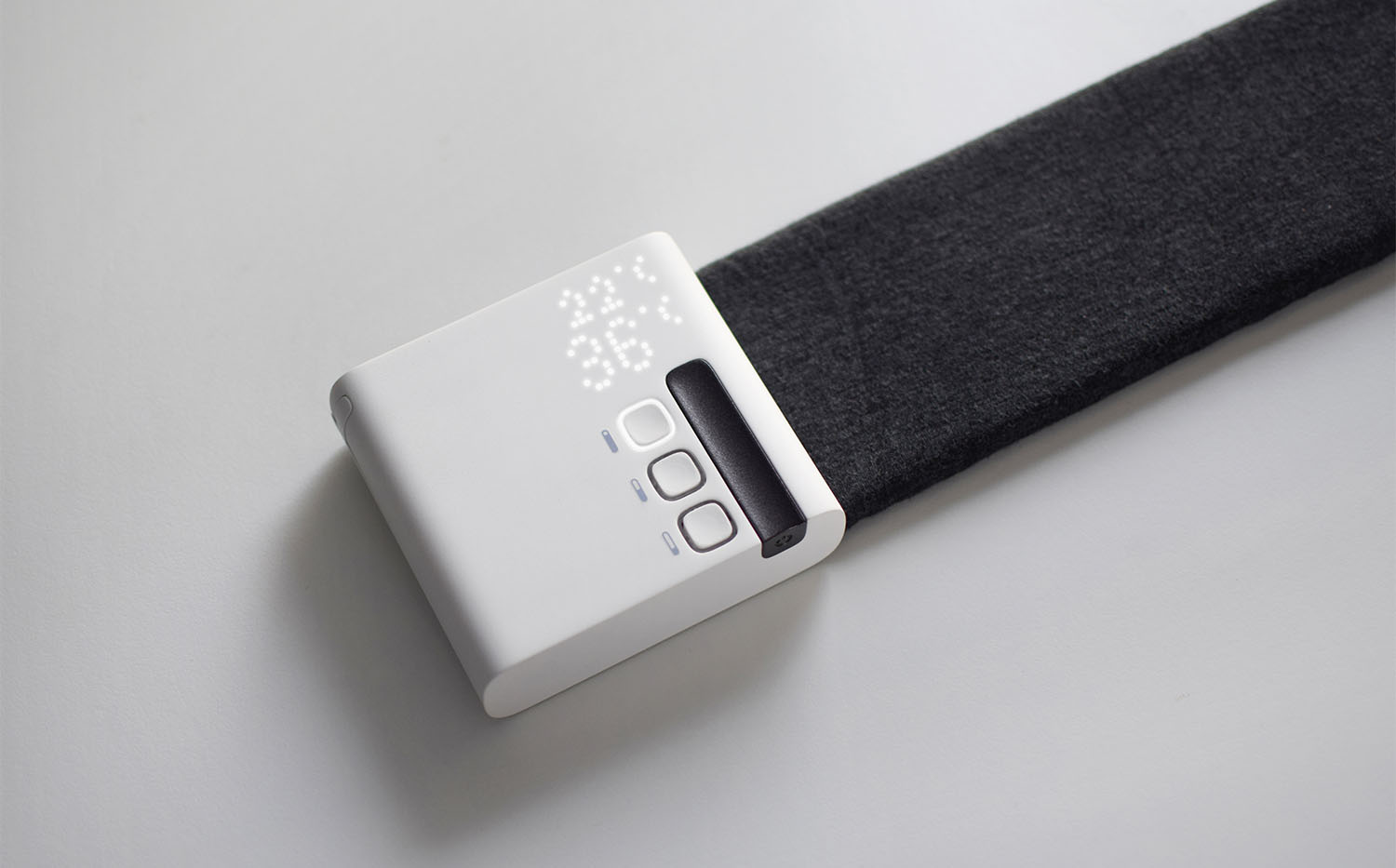 """Project link """"Stratum"""", a device for thermal comfort in the workplace"""
