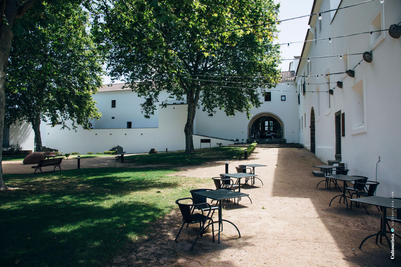 Yard at the Hotel Convento do Espinheiro in Évora Alentejo