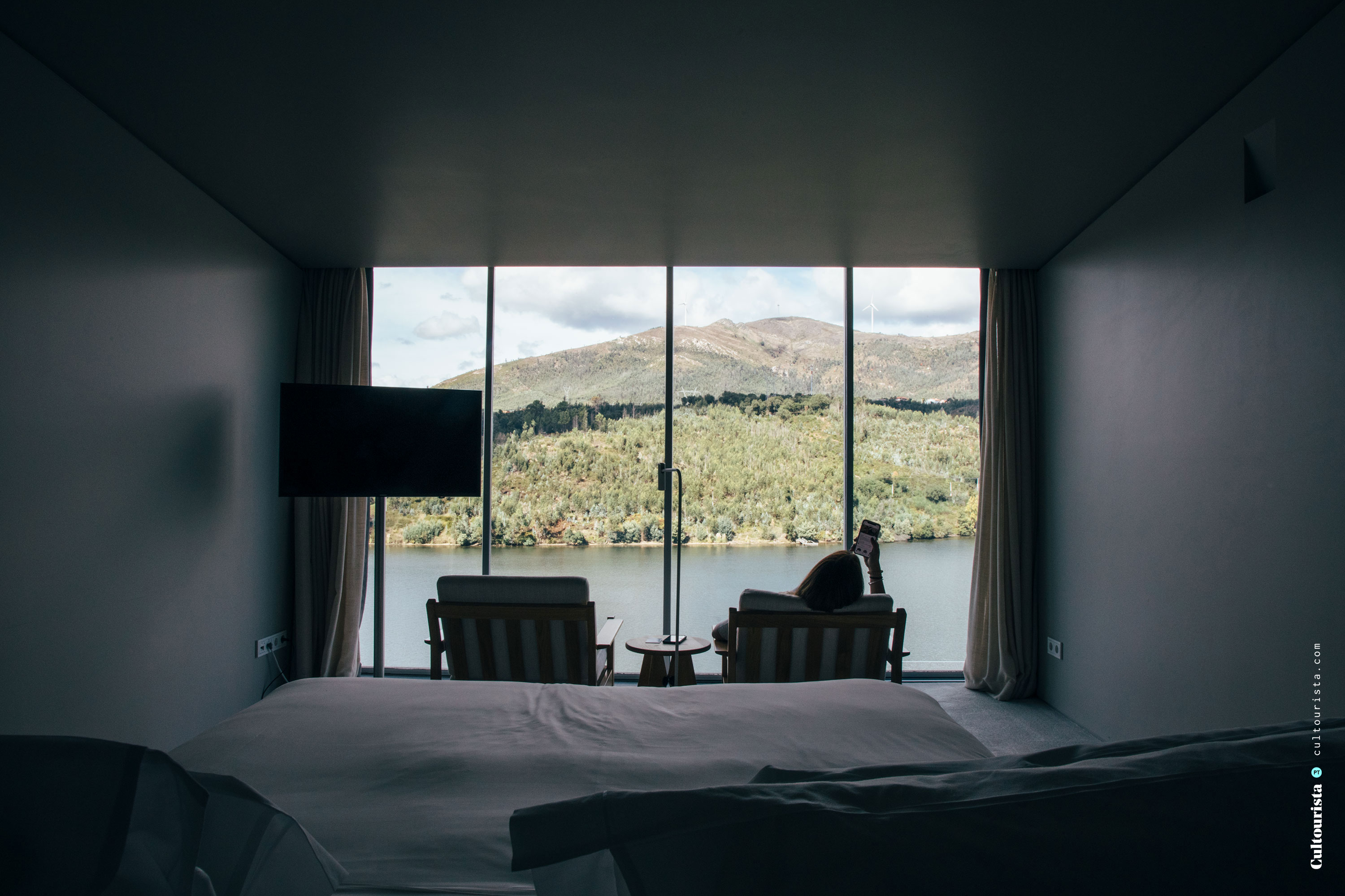 Bedroom with river view at the Hotel Douro41 Portugal