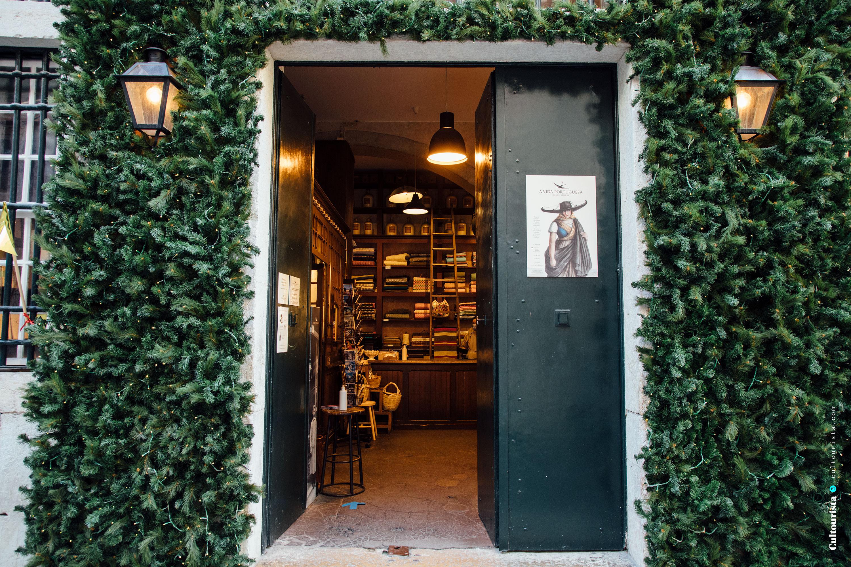 Entrance A Vida Portuguesa store in Chiado