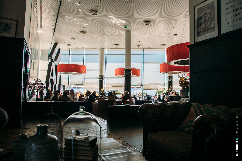 Restaurant Darwin's Cafe entrance and interior design in Belém Lisbon