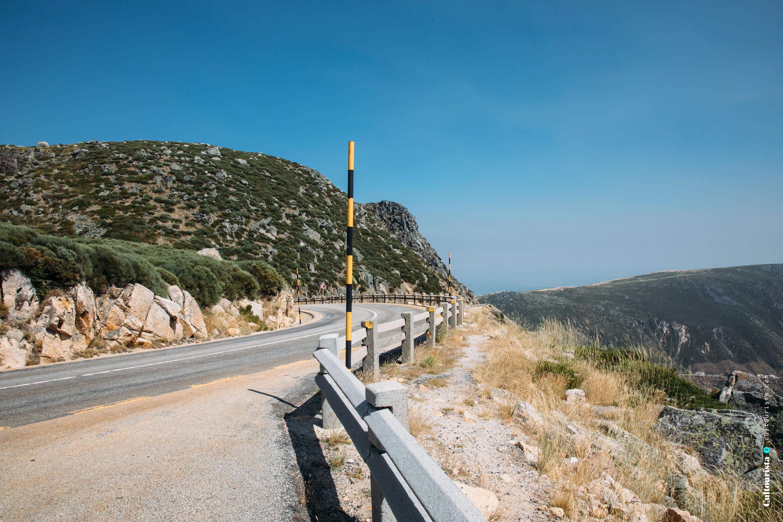 Road N339 towards Torre