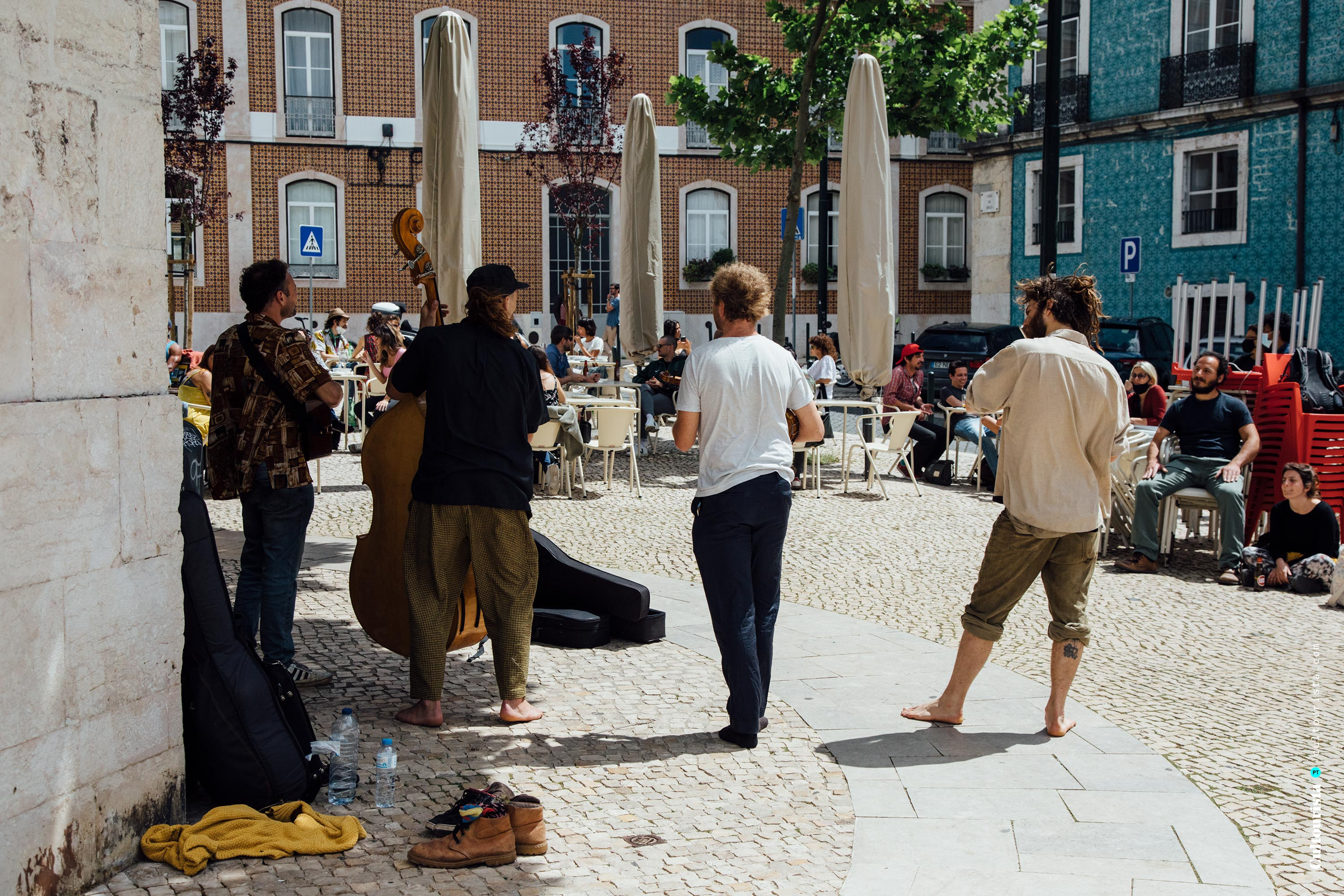 Band playing in the square next to the viewpoint Graça