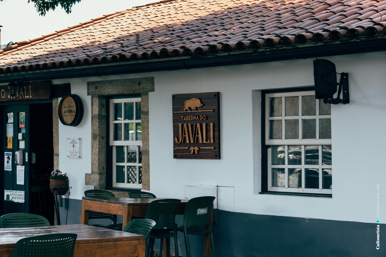 Entrance of the restaurant Taberna do Javali in Bragança