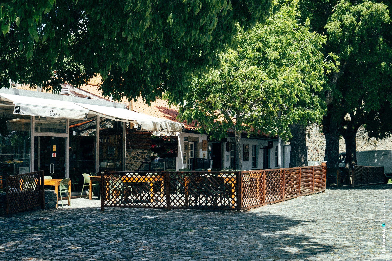Front terrace of the restaurant Taberna do Javali in Bragança