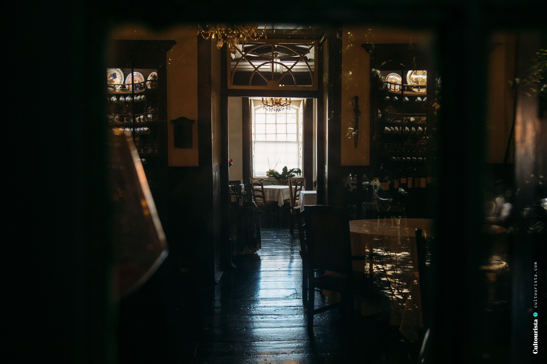 Inside room and window of restaurant Solar Bragancano