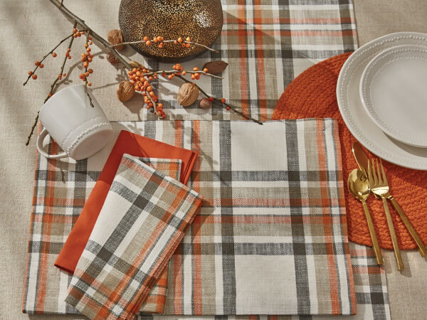 fall plaid table accents