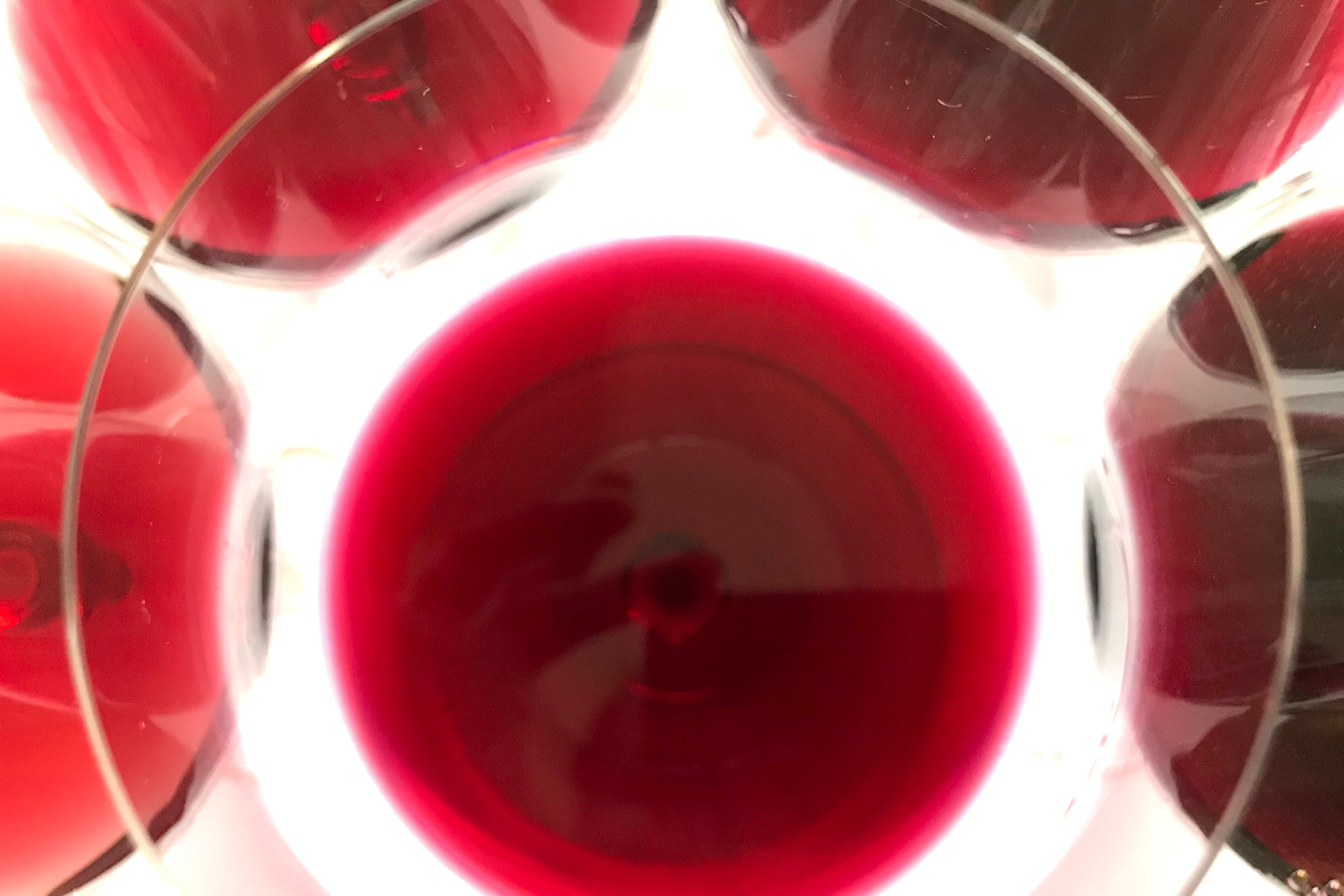 Red wine for blending