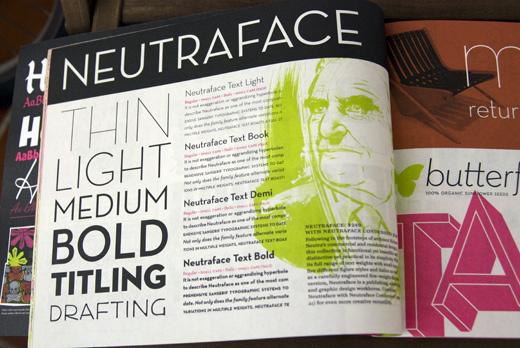 Foto del catálogo de House Industries abierto por la tipografía Neutra