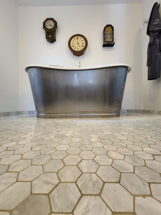 freestanding tub with clocks