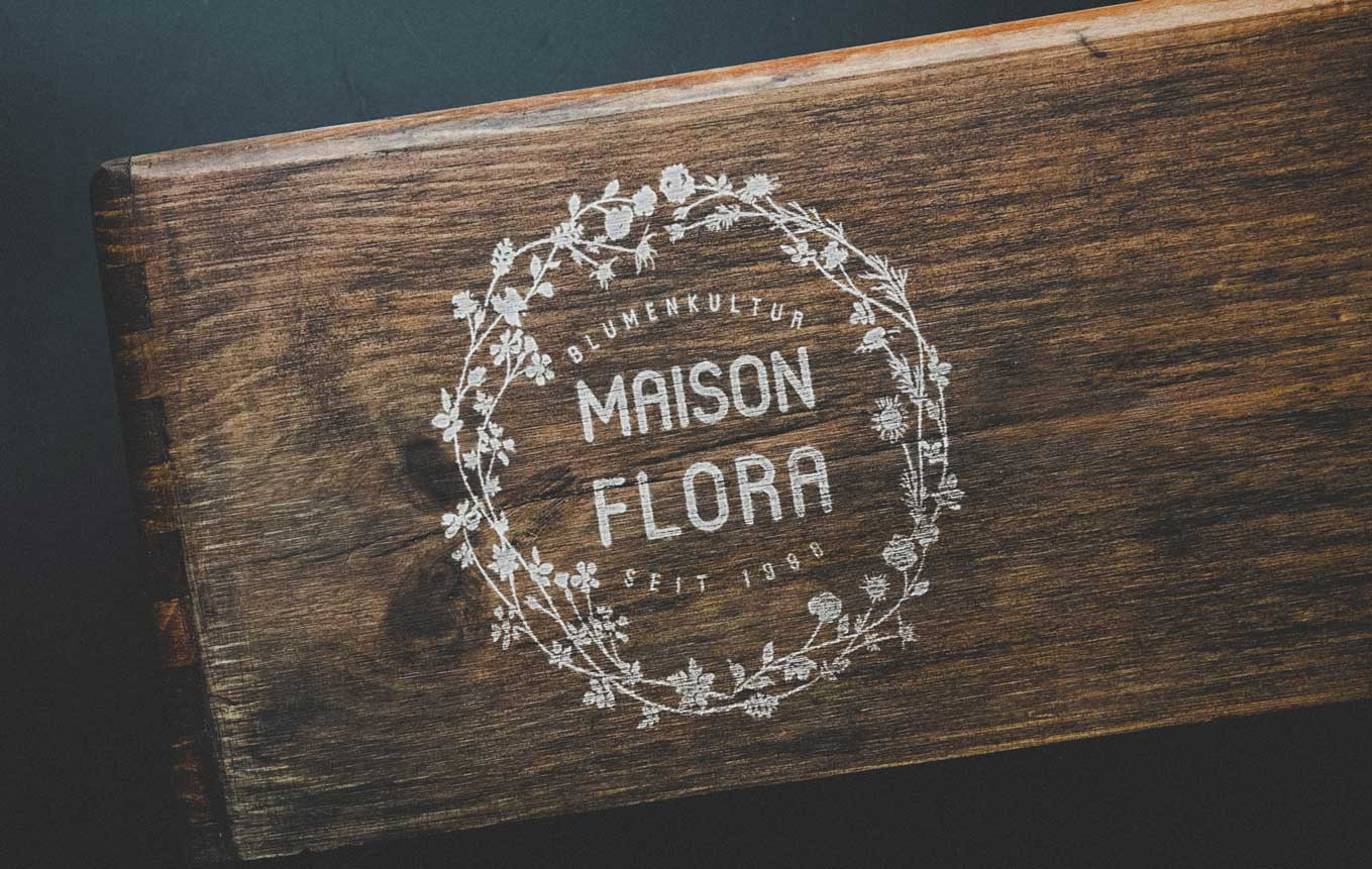 Logo Design for Florist Shop Switzerland in Bern