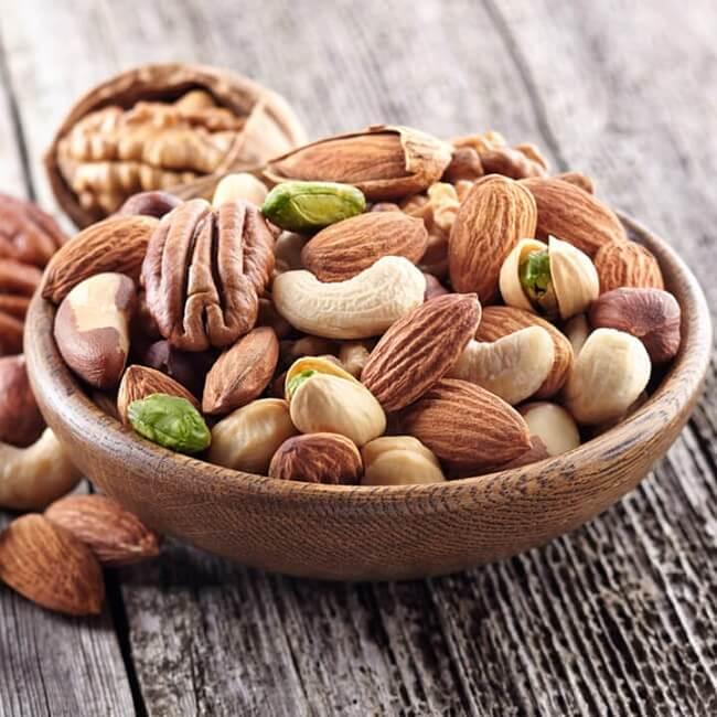 Ăn chay trường nên phối hợp với các loại hạt