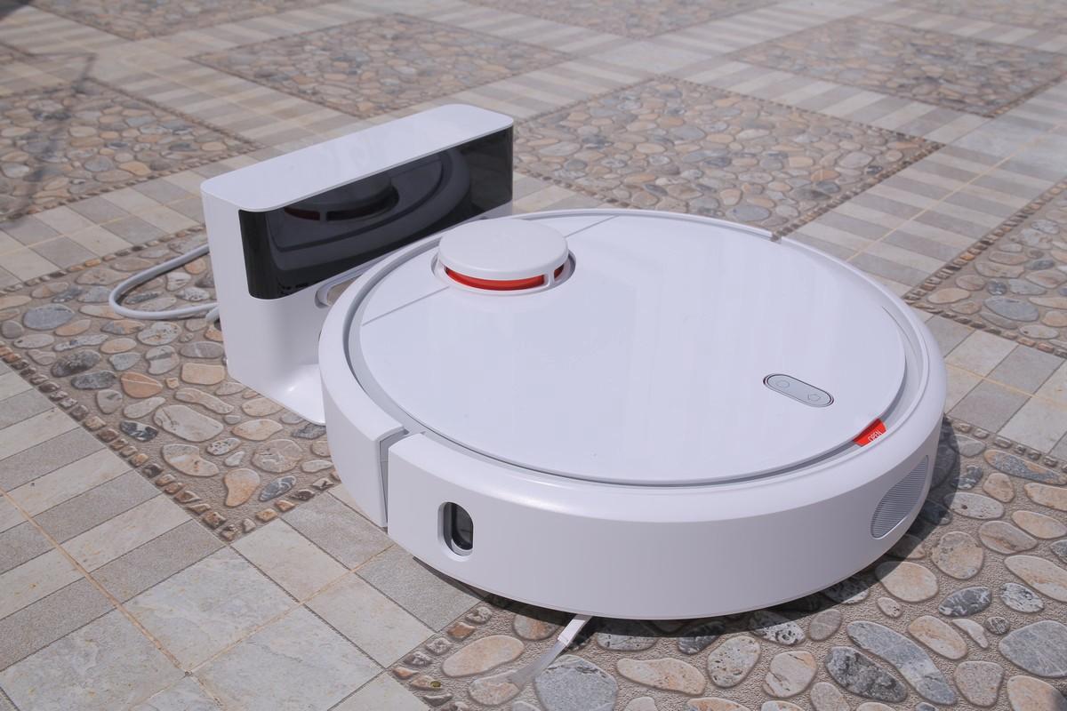 Có nên mua robot lau nhà không?