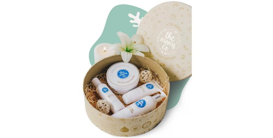 The Mom's co's custom packaging