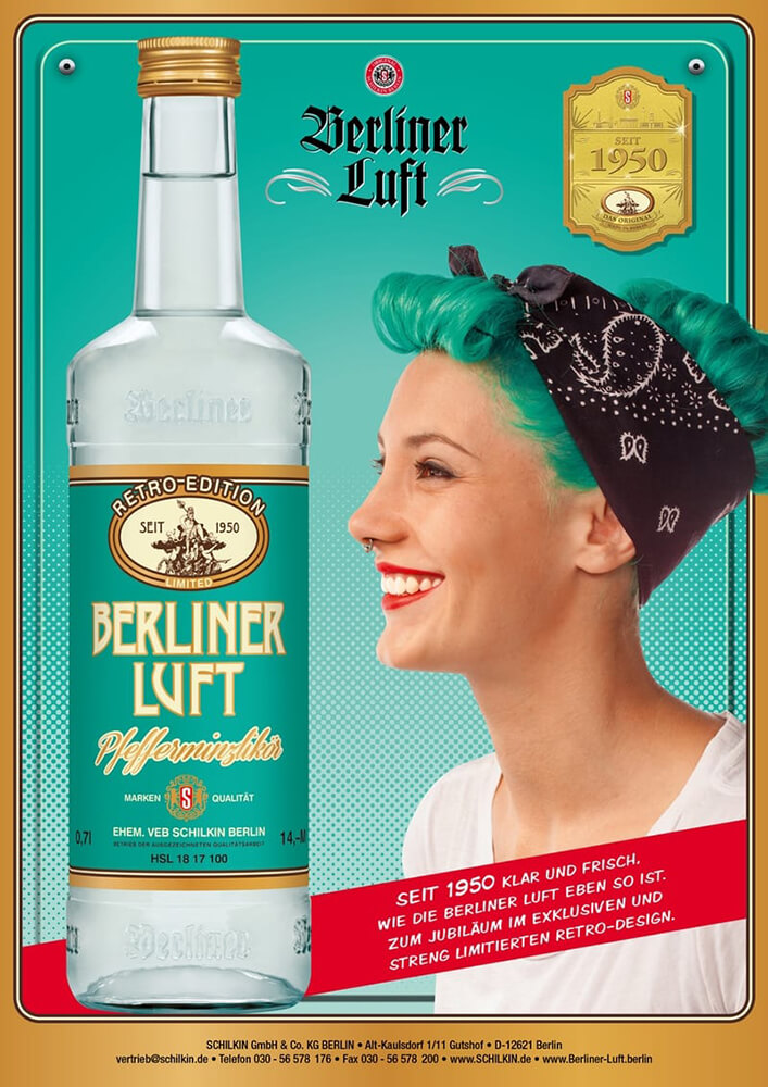 Berliner Luft Folder: Retro Edition mit Emely und Flasche