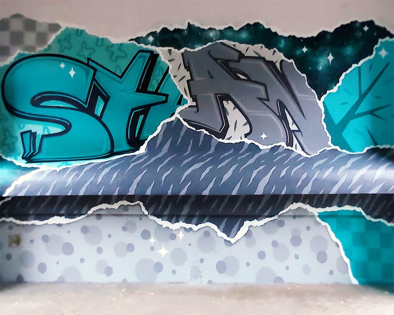 """Graffiti Hausdurchgang """"Stadt und Land"""" Berlin Hellersdorf türkise Wand mit Typografie"""