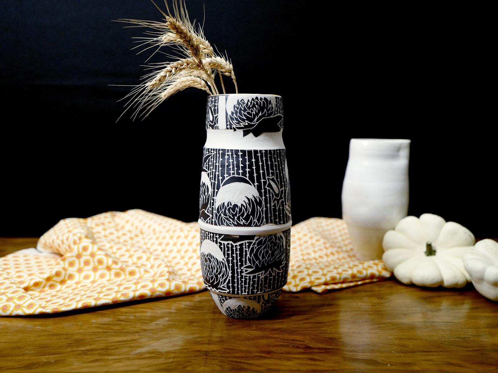 Vase aux chrysanthémes