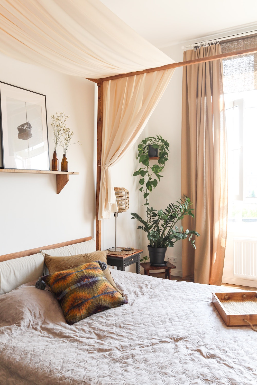 Rent Vintage Bohemian Apartment for movie and photoshoot  location