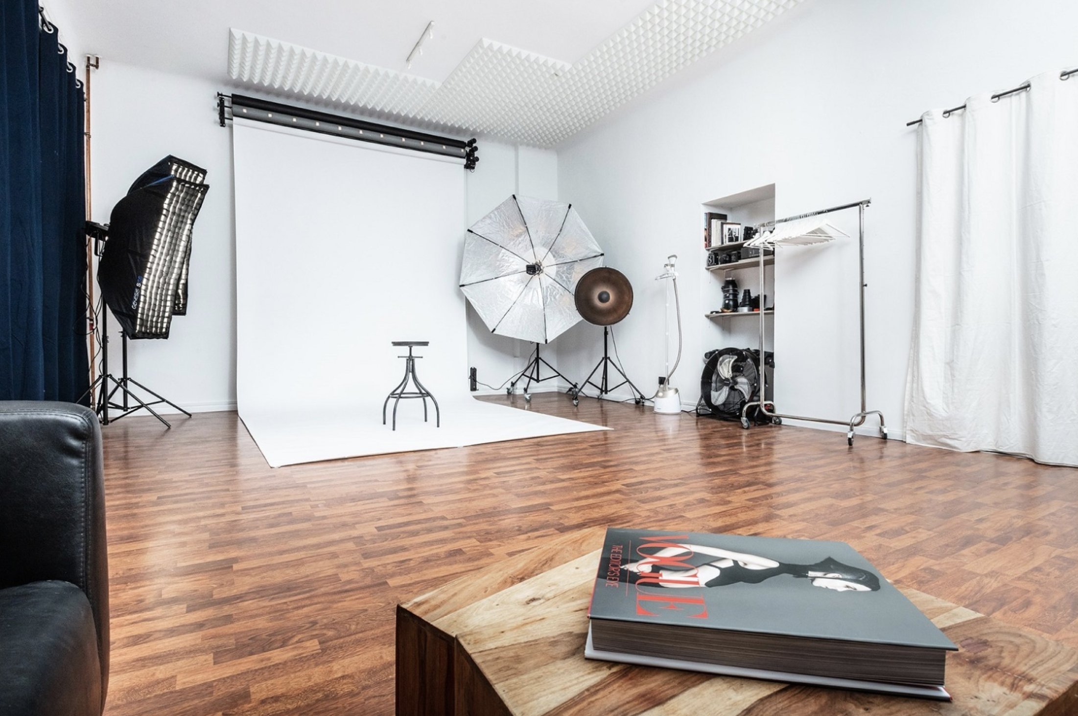 Rent professional photo studio in Berlin, Germany with Beazy