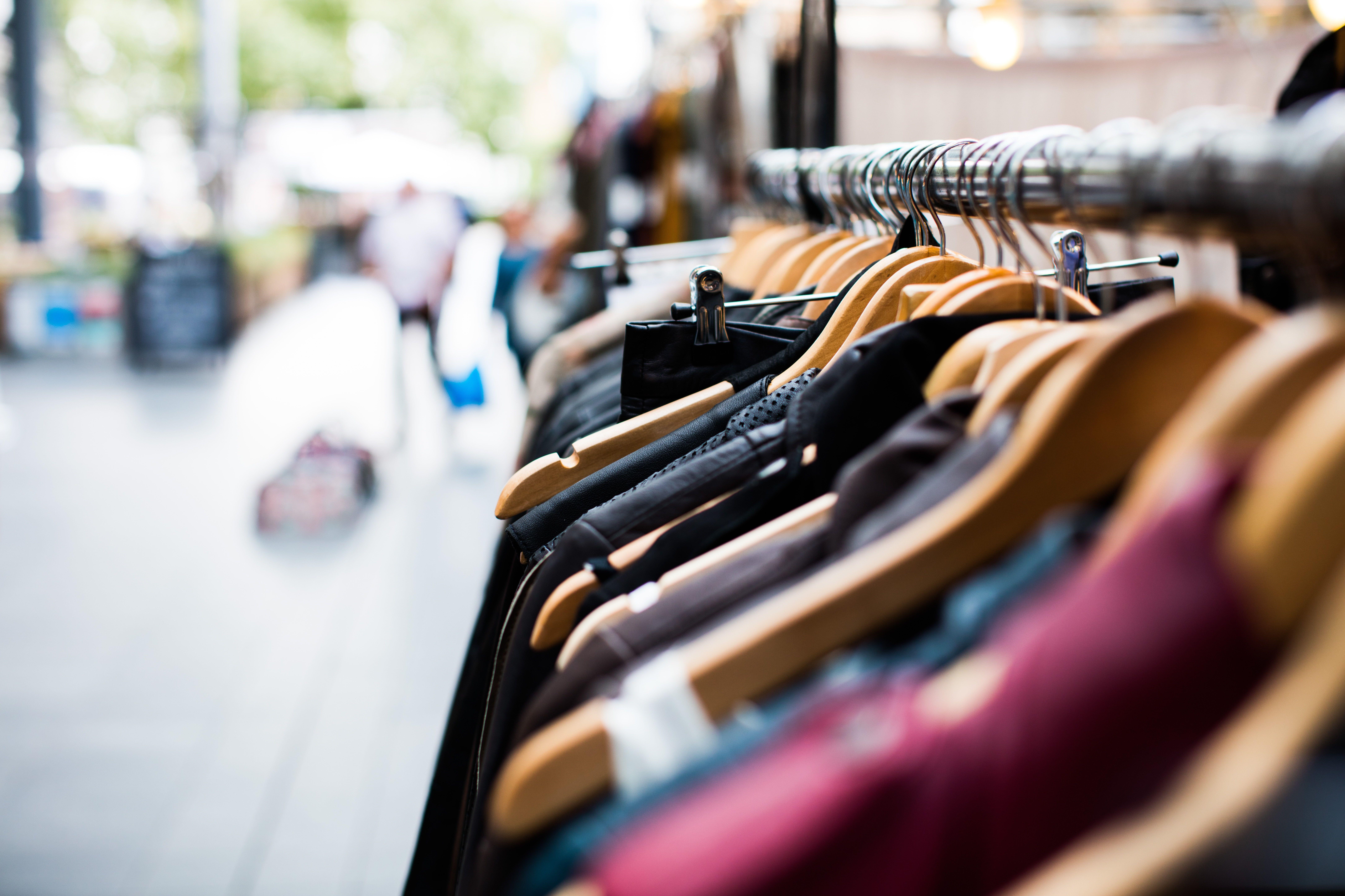 Een outdoor winkelservicepunt: van festivalweide naar slimme winkelstraat!