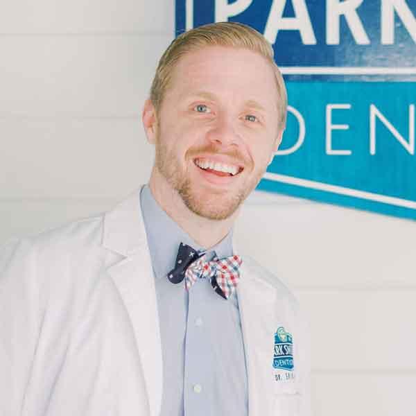 Dr. Erik Holz, DMD is your Winter Park, FL Dentist in Orlando